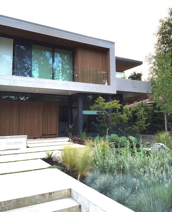reduced modern house